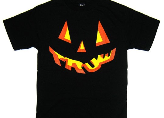estate la x true sf cap Halloween T-Shirt custom design