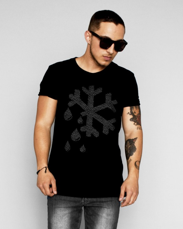 logo snow flake print men t -shirt design  black main