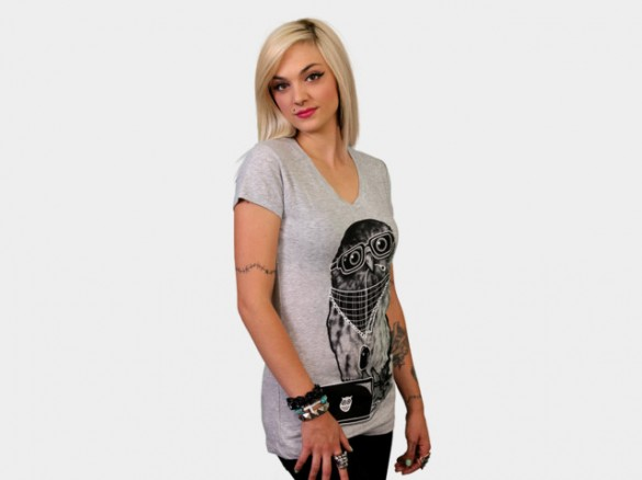 Limited Edition - Smart Owl Custom T-shirt Design Side Girl
