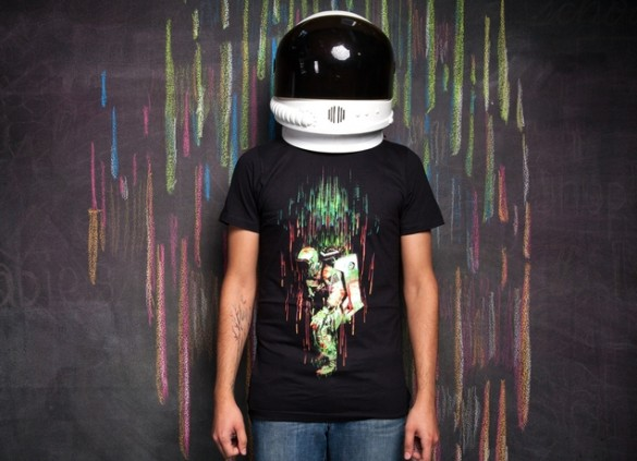 Custom Tee design FALLING FROM THE SPACEDesign by Sebastian Andaur girl