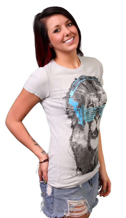Shady Lion Custom T-shirt Design Girl 3