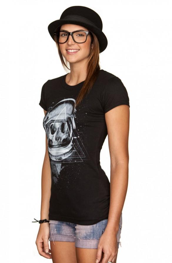 Dead Space custom t-shirt design by cyanide032 girl side