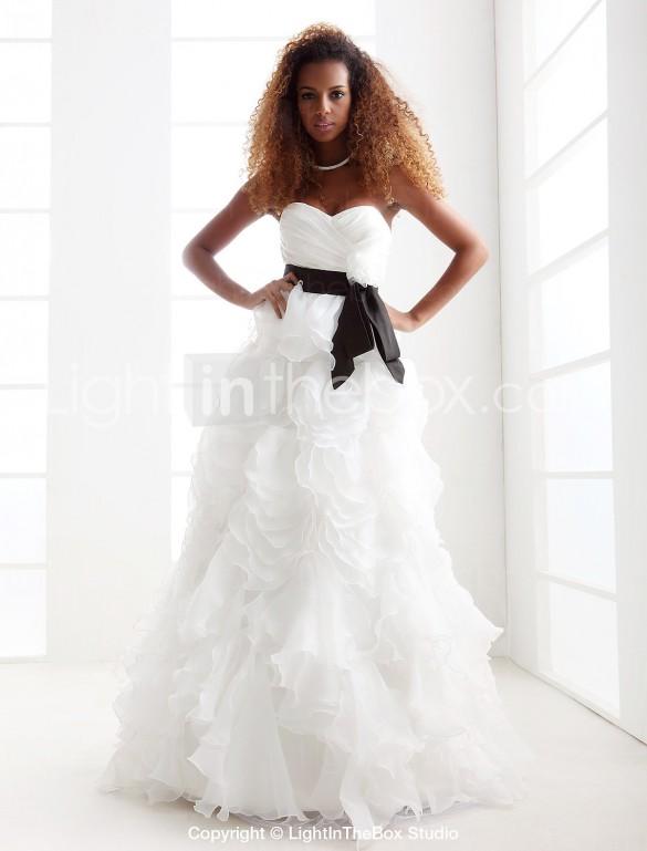 A-line Princess Sweetheart Strapless Floor-length Organza Wedding Dress