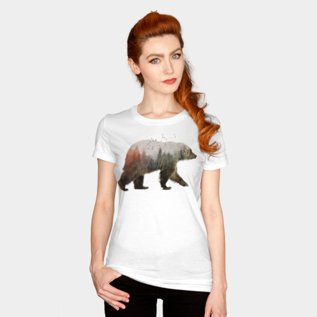 Bear T-shirt Design by sookkol woman