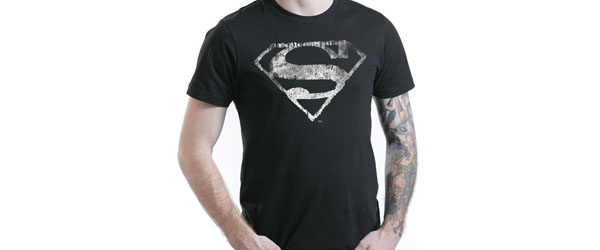 Logo Mono Distressed T-shirt Design man tee maine